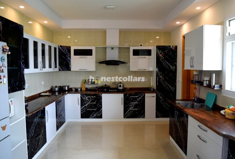 Kitchen With False Ceiling